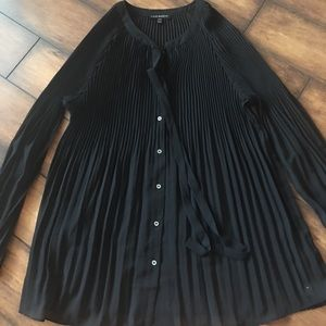 🖤 Lane Bryant Sheer Pleated Top, Size 18/20 🖤